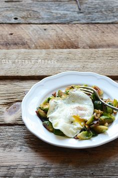 Brussels Sprout and Bacon Hash with Fried Egg Recipe {Paleo} Faith ...
