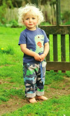 Frugi Boys shark camo shorts and dino tshirt! £45 for complete set http://www.prettyspecial.co.uk/Frugi