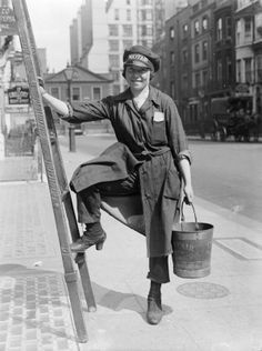 A female worker of the Mayfair Window Cleaning Company, time period when women adopted pants and went to work replacing men at war c. 1918 Retrieved from Imperial War Museum Working People, Working Woman, Working Girls, World War One, First World, Vintage Photographs, Vintage Photos, Working Class, Old London