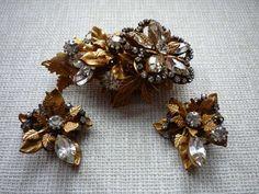 Vintage Gold Tone Leaf Motif Rhinestone Brooch/Pin and Clip On Earrings Set