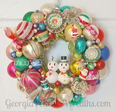 Shiny Brite vintage ornament wreath. Love the tinsel and snowmen.