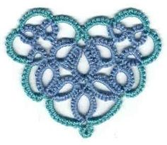 Li'l Heart in 2 colors, with tatting pattern.... Cute little pattern for cards, pendant, bracelet, or even a corner in an edging !!!   *p*