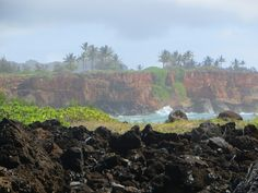 The Maha'ulepu Heritage Trail on Kauai's south shore includes petrified sand dunes, eroding limestone, the remains of an ancient Hawaiian temple platform (heiau), and the oldest lava flows anywhere in the Hawaiian islands. Not to mention some pretty spectacular waterfront scenery!