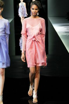 Giorgio Armani | Spring 2014 Ready-to-Wear Collection | Style.com