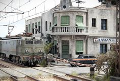 TrainScape: Paso a nivel de Peñuelas 11º Diorama, Street View, Fairies, Madrid, Miniature, Models, Facebook, Railroad Photography, Transportation