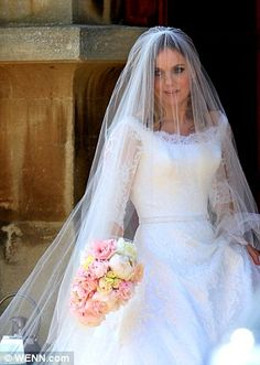 Geri also wore a custom veil...