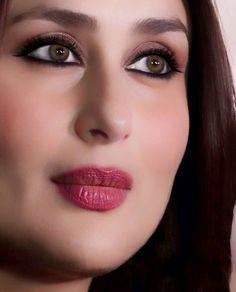 😱Yes, angels exist in this world👯👰👰😍 . Beautiful Girl Indian, Most Beautiful Indian Actress, Beautiful Girl Image, Beautiful Babies, Indian Bollywood Actress, Beautiful Bollywood Actress, Indian Actresses, Kareena Kapoor Photos, Kareena Kapoor Khan