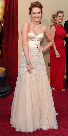 Miley Cirus daria uma linda noiva.