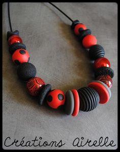 Créations Airelle en polymère..Collier rouge et noir