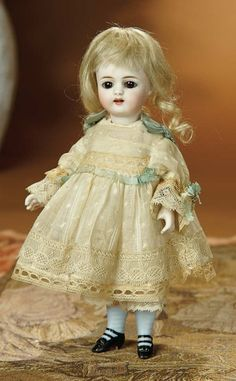 Bread and Roses - Auction - July 26, 2016: 354 German All-Bisque Miniature Doll, 886, by Simon and Halbig