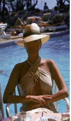 Slim Aarons, poolside.