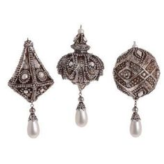 RAZ Imports - Diamond and Pearl Ball and Finial Ornaments