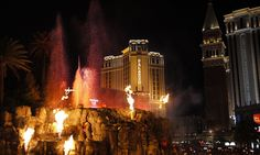 Mirage Volcano, Las Vegas   Flickr - Photo Sharing!