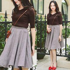 Rosa - Larmoni Retro High Waist Large Hem Full Skirt, Larmoni V Neck Elegant Slim Sweater - Elegant Skirt