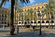 Barcelona, loving called Barça by the locals: Here you speak Catalan, not Spanish! Trandy, Chic, Young ... the pearl of the Mediterranean!
