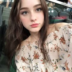 Dizzy Grinning – Stunningly Beautiful Modles from me to you! Pretty People, Beautiful People, Beautiful Women, Beautiful Eyes, Simply Beautiful, Angelina Danilova, Aesthetic Girl, Ulzzang Girl, Pretty Face