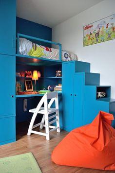 Modern Boys Rooms, Small Rooms, Boy Sports Bedroom, Kids Bedroom, Chambre Nolan, Boys Room Colors, Loft Bed Plans, Bedroom 2018, Boys Room Design