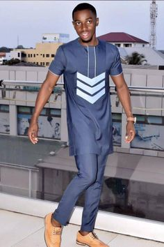 Wedding Guest Suits, Wedding Suit Styles, African Men Fashion, African Wear, African Shirts, African Lace, African Attire, Costume Africain, Fashion Joggers