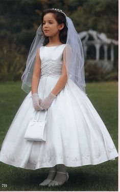 Find ball gown tea length satin first communion dresses with bubble skirt, flower girl dresses, wedding party dresses at discount prices Girls Communion Dresses, Wedding Flower Girl Dresses, Bubble Skirt, Satin Flowers, Nice Dresses, Dresses 2014, Prince And Princess, First Communion, Kids Fashion