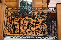 A beautiful outdoor balcony panel that's sure to turn heads. #railing #art #metal #customrailing