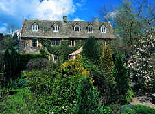 Small but perfectly formed, this intimate Cotswold hotel has plenty of period details, excellent bedrooms and delicious breakfasts Cotswolds Hotels, Brook House, Beautiful Hotels, Great Britain, Day Trips, Castle, England, Cabin, Cherry Tree