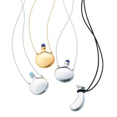 The Elsa Peretti pendants are the stylish minimalist way to wear the moat iconic of jewels. Discover more fashion ready jewels by Tiffany's famed designer: http://www.thejewelleryeditor.com/jewellery/style-icons-elsa-peretti-greatest-designs-for-tiffany/ #jewelry