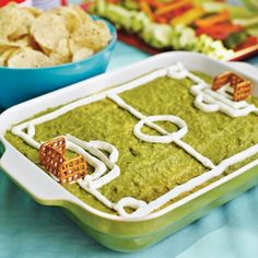Guacamole Soccer Pitch | 15 FIFA World Cup Party Ideas | diyready.com