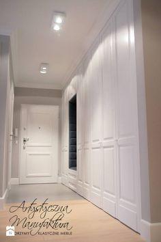 szafy klasyczne hol - zdjęcie od Artystyczna Manufaktura - klasyczne meble na wymiar - Hol / Przedpokój - Styl Klasyczny - Artystyczna Manufaktura - klasyczne meble na wymiar