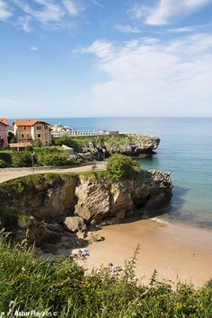 Puertu Chicu beach in Llanes, Asturias. Quite extended with high tide, it completely disappears with low tide.