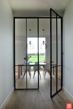 Jacobs Parket – Interieur - Stalen deuren villa Schoten - Hoog ■ Exclusieve woon- en tuin inspiratie.