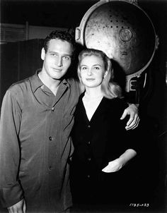Joanne Woodward visits Paul Newman on the set of Cat On a Hot Tin Roof (1958)