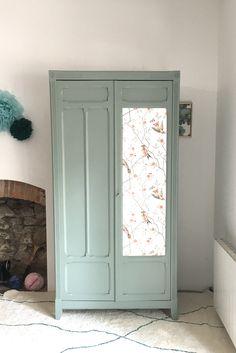 Armoire parisienne entièrement rénovée, Tawara -en vogue-, Nantes Chalk Paint Furniture, Vogue, Closet, Home Decor, Armoire Makeover, Apartment Renovation, Nantes, Chart, Armoire
