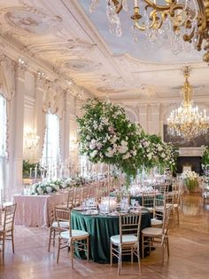 La Tavola Fine Linen Rental: Velvet Emerald and Liza Blush over Topaz Blush with Dupionique Iridescence Blush Napkins | Photography: Rebecca Yale Photography, Planning: Simply Troy Lifestyle + Events, Florals: Birch Design Studio, Venue: Rosecliff Mansion, Paper Goods: Wedding Story Writer, Lighting: Ormonde Productions