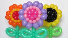Трехцветный цветок из шаров / Tricolor flower of balloons (Subtitles)