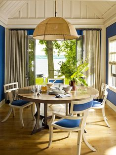 Finger Lakes Cabin Retreat by Thom Filicia #diningroom #newyork #interiordesigner