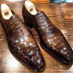 Alligator Leather Cap Toe Lace up Oxford Classic Modern Business Dress Shoes - Men Dress Shoe - Ideas of Men Dress Shoe Mens Shoes Boots, Men's Shoes, Shoe Boots, Dress Shoes, Mens Fashion Shoes, Look Fashion, Formal Shoes, Casual Shoes, Gentleman Shoes