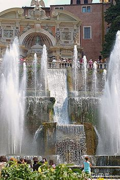 Tivoli Gardens' Fountain - Florence, Italy    Been to Florence, but somehow missed Tivoli. Needed an excuse to go back, I   guess!