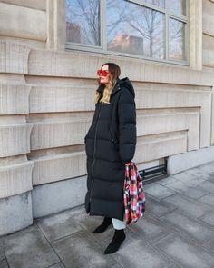 Paulien 🌙 (@paulienriemis) • Instagram-foto's en -video's Winter Fashion, Winter Jackets, Outfits, Instagram, Style, Winter Fashion Looks, Winter Coats, Swag, Suits