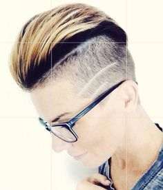 Short Hair Beauty : Photo • Shaved Sides •