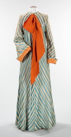 1945 Dressing gown by Charles James, American. Via Brooklyn Museum Costume Collection at The Metropolitan Museum of Art.
