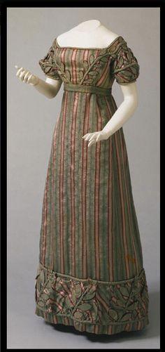 Philadelphia Museum of Art, 1823 Striped Dress #2dayslook #lily25789 #StripedDress www.2dayslook.com