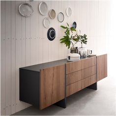 Arrow two-tone sideboard, available in wood, lacquer, or open pore lacquer - photo: bisquit antique oak wood finish Sideboard Furniture, Modern Sideboard, Wood Furniture, Modern Furniture, Furniture Design, Retro Sideboard, Modern Buffet, Deco Cool, Muebles Living