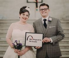 Elopement Planner : sounds like an oxymoron. Find out how it works with Elope in St Louis. Marriage License, Elopements, St Louis, Missouri, Got Married, Illinois, Vegas, Organize, How To Plan