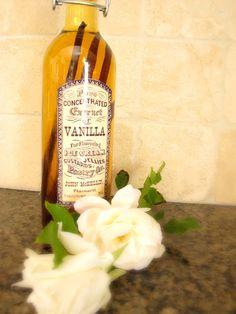 Homemade Vanilla Extract | My Uncommon Slice Of Suburbia