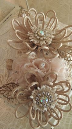 """Uniquely ella: Nice """"shabby chic"""" things to look at. Cloth Flowers, Burlap Flowers, Faux Flowers, Diy Flowers, Fabric Flowers, Paper Flowers, Wedding Flowers, Material Flowers, Fleurs Diy"""