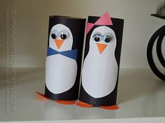 Cardboard Tube Penguins Recycle some cardboard tube by making these adorable penguins. Theyre perfect for a zoo unit or just for talking about winter! The post Cardboard Tube Penguins was featured on Fun Family Crafts. Cardboard Tube Crafts, Construction Paper Crafts, Toilet Paper Roll Crafts, Cardboard Playhouse, Cardboard Rolls, Animal Crafts For Kids, Fun Crafts For Kids, Children Crafts, Fun Diy Crafts