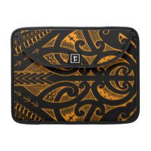 Ta Moko traditional Maori tattoo design koru shape MacBook Pro Sleeves