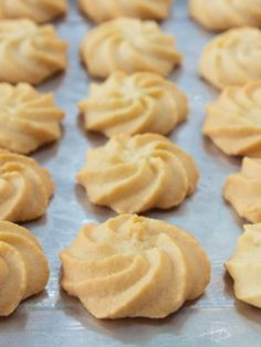 Gluten Free Butter Cookies http://www.joyofkosher.com/recipes/gluten-free-butter-cookies/?utm_content=buffere719f&utm_medium=social&utm_source=pinterest.com&utm_campaign=buffer  Gluten free, easy and fun, butter cookies