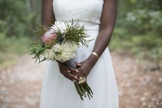 Outdoors elopement inspiration | Mint, green, and gold wedding inspiration | Green, gray, and white wedding bouquet