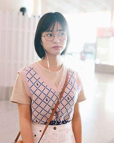 """沈月 no Instagram: """"沈月 🍭 @shenyueyeah"""" Shan Cai, Meteor Garden 2018, A Love So Beautiful, Asian Celebrities, China, Chinese Actress, Stylish Girl, Hair Cuts, Lovers"""